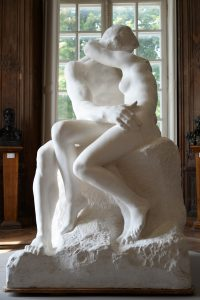 the-kiss-rodin-museum-paris-by-emy