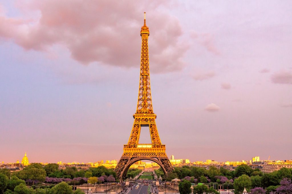 Out Eiffel PARIS BY EMY Paris Trip Planner with Private Tour