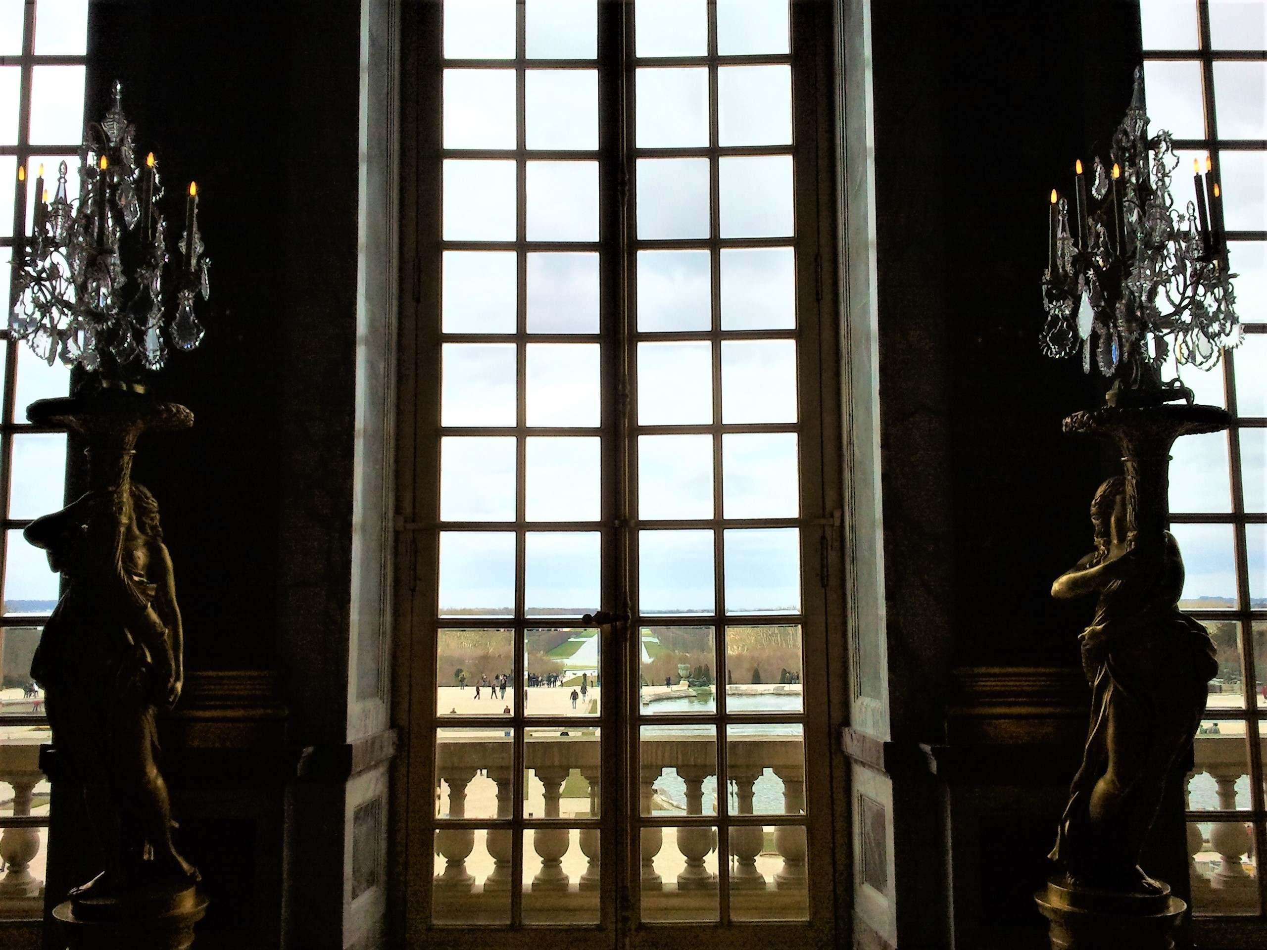 Versailles Castle, private tour guide by PARIS BY EMY