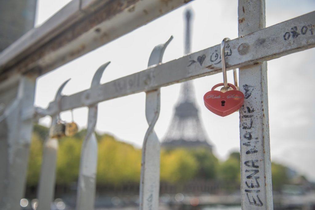 Paris for couple PARIS BY EMY