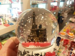 Shopping Christmas time in Paris by PARIS BY EMY