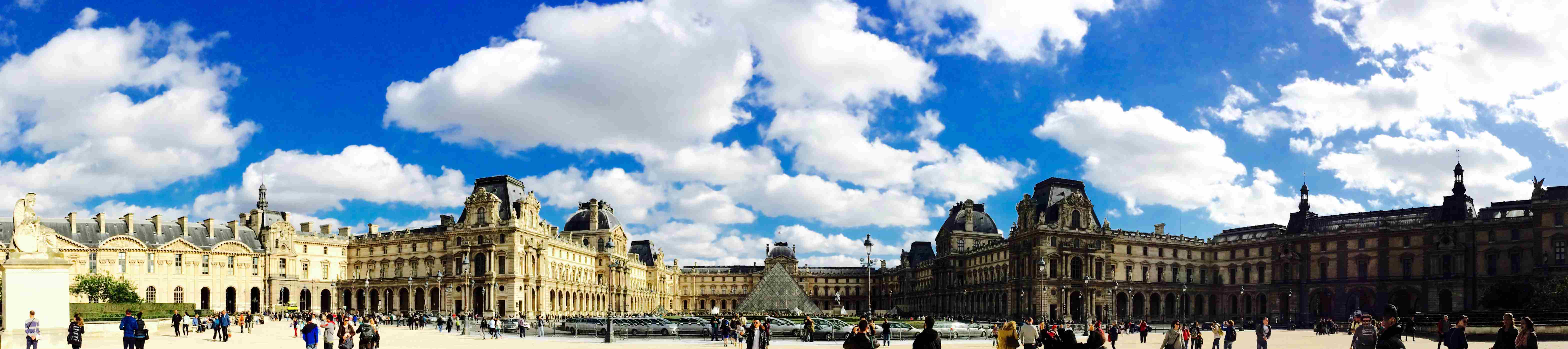 Louvre Palace Private tour by PARIS BY EMY