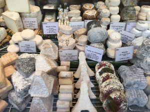 Cheese of Paris - the Brie- by PARIS BY EMY